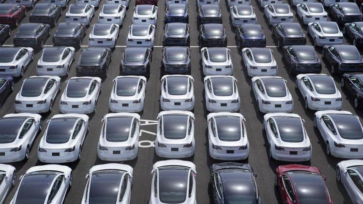 """За второй квартал Tesla отгрузила более 200 тысяч электромобилей, считают аналитики"""""""