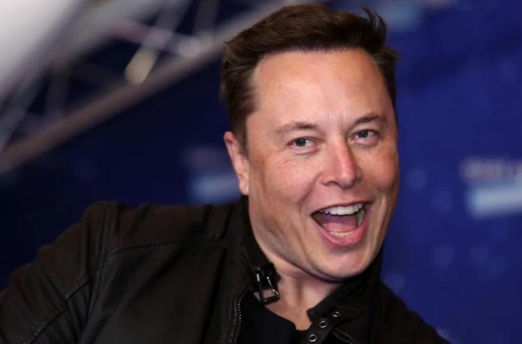 """Илон Маск наконец осознал, что беспилотные автомобили — это сложно"""""""