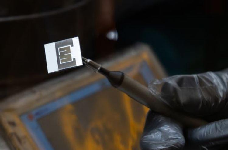 Перовскитовый солнечный элемент / Изображение: Bloomberg