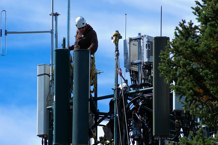 «МегаФон» пообещал поднять пропускную способность 4G-сети выше 1 Гбит/с1