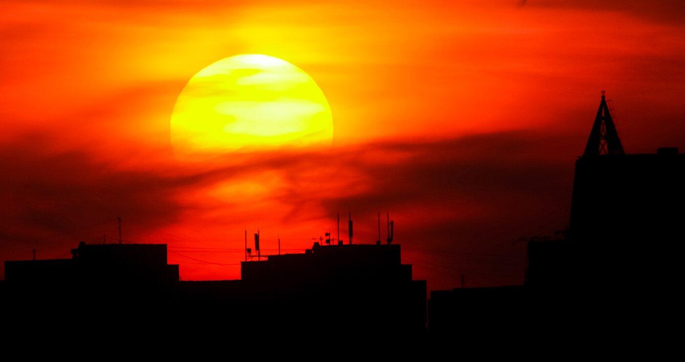 Учёные впервые измерили электрическое поле Солнца  это поможет разобраться в работе светила
