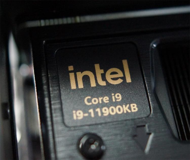 Первое вскрытие компактного игрового компьютера Intel NUC 11 Extreme Beast Canyon— всё очень плотно11