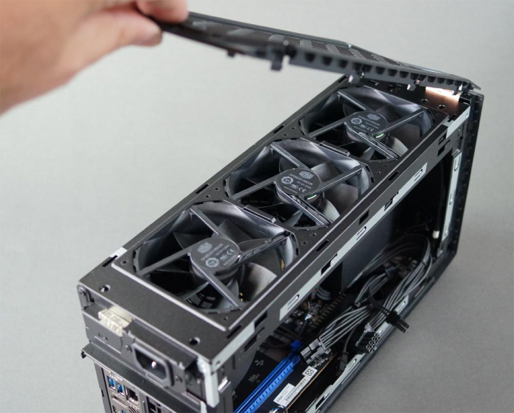 Первое вскрытие компактного игрового компьютера Intel NUC 11 Extreme Beast Canyon— всё очень плотно7