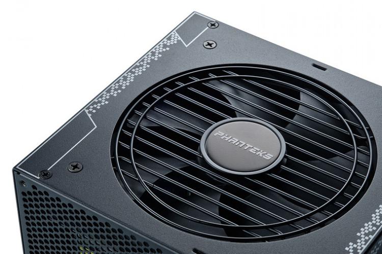 Phanteks представила блоки питания AMP мощностью до 1000 Вт с сертификацией 80 Plus Gold
