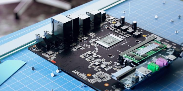 Анонсирован первый мини-ПК на флагманском процессоре AMD Ryzen 9 5900HX3