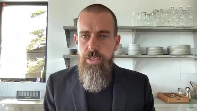 Глава Twitter возложил на биткоин надежду на мир во всем мире и пообещал сделать криптовалюту большой частью соцсети