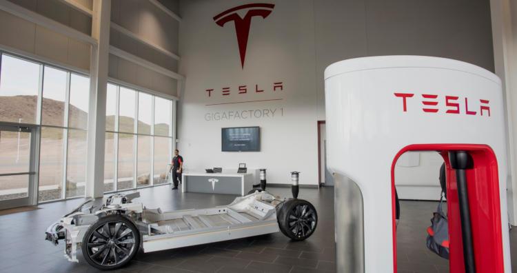 Илон Маск готов построить завод Tesla в Индии, если страна удешевит импорт электромобилей