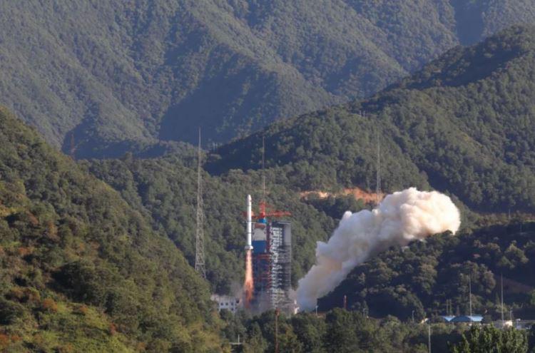 Старт ракеты Long March 2C / Изображение: CASC