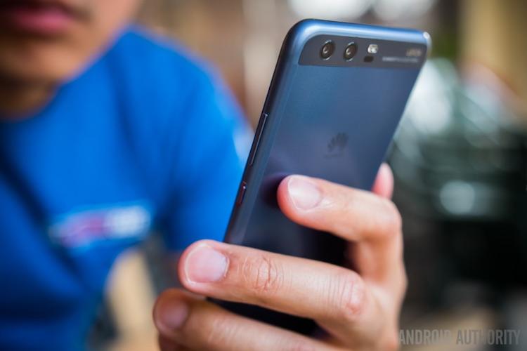 Такого ещё никто не делал: Huawei предложила пользователям расширить память в старых смартфонах— за деньги