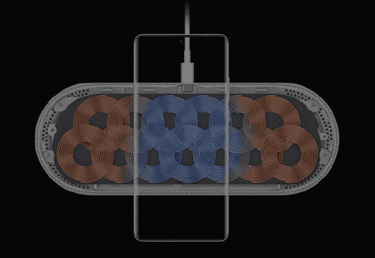 Новая станция Huawei может подзаряжать беспроводным способом сразу три гаджета