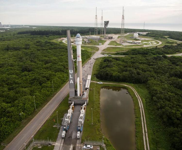 Ракету-носитель Atlas V компании United Launch Alliance с установленной на ней капсулой Starliner компании Boeing. Источник изображения: ULA
