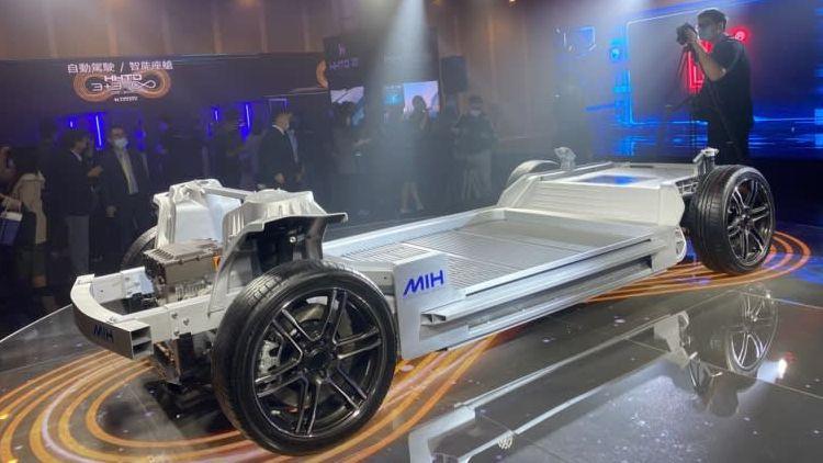 Foxconn заявила, что к 2025 году каждый пятый продаваемый авто будет электромобилем