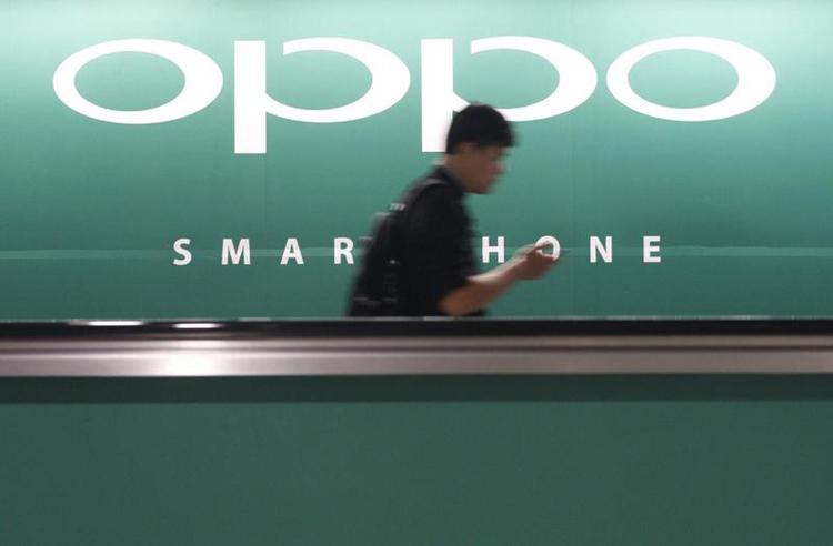 Загадочный смартфон Oppo с оригинальным исполнением камеры отметился на сайте регулятора