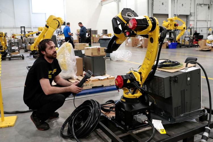Электромобильный бум вызвал взрывной рост спроса на оборудование для их производства  заказы расписаны на годы вперёд