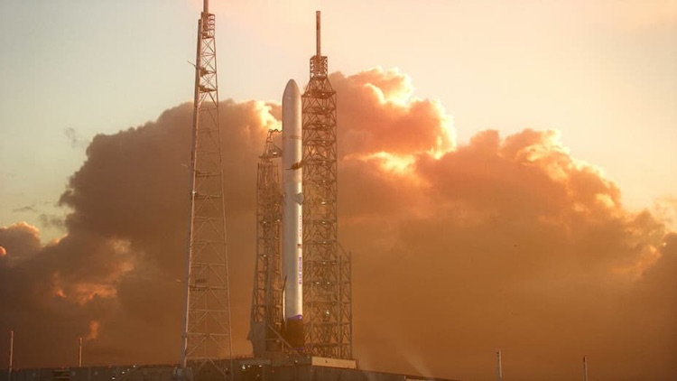 Лучшие сотрудники уходят из Blue Origin из-за разочарования в руководстве и обострения конфликта с NASA1