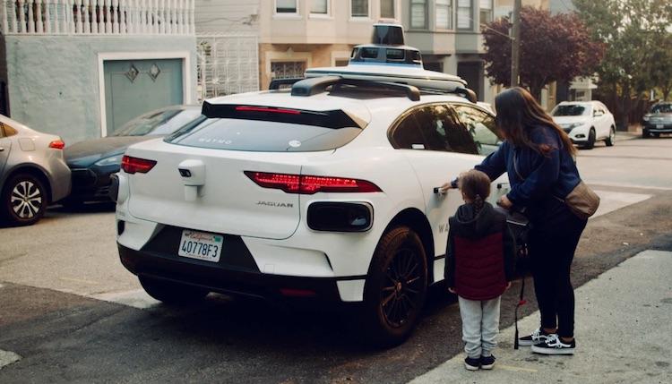 Waymo скоро запустит сервис роботакси в Сан-Франциско  на всякий случай машины будут ездить с водителем