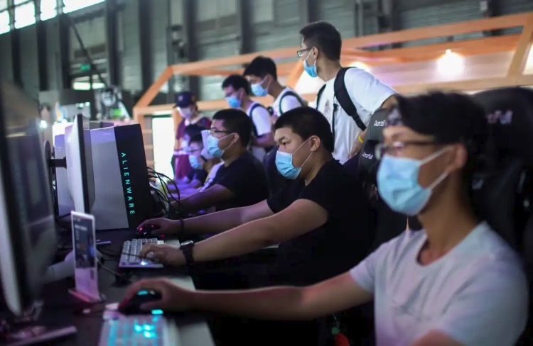 Количество интернет-пользователей в Китае превысило 1 млрд человек