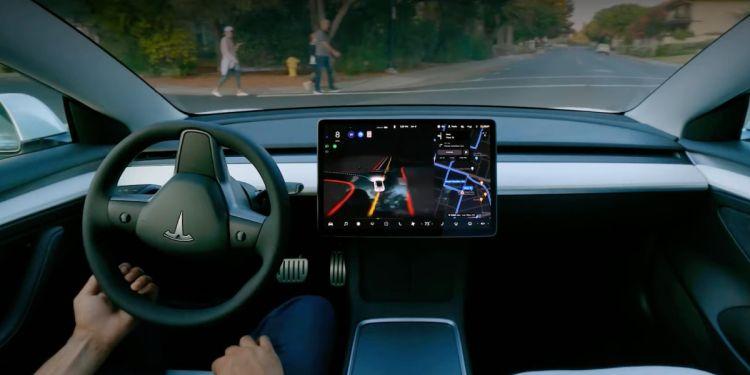 Tesla наметила широкий релиз автопилота FSD Beta 10.1 на 25 сентября