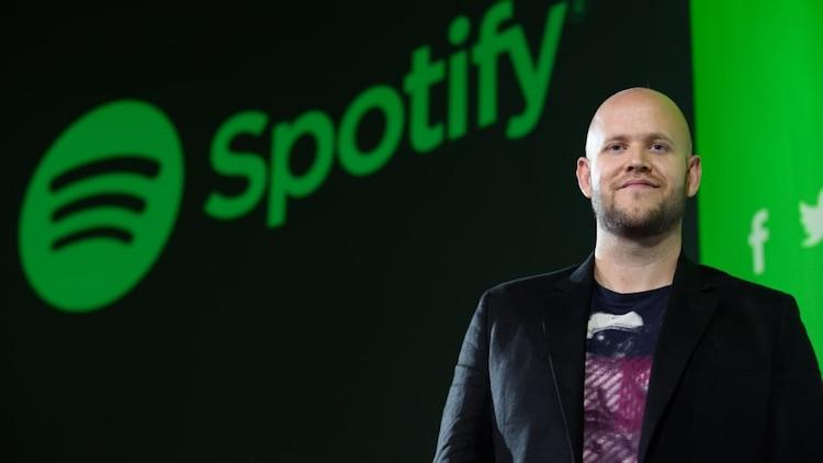Акции Spotify, Netflix и других подорожали после того, как Apple разрешила оплачивать подписки без комиссии App Store