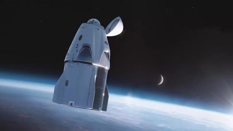 SpaceX оснастит космический корабль Crew Dragon для первой гражданской миссии огромным стеклянным куполом1