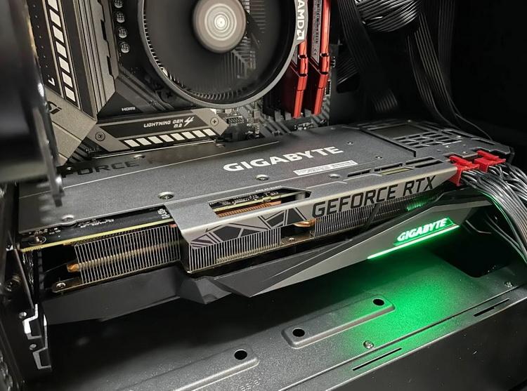 Необычную GeForce RTX 3080 Ti с 20 Гбайт протестировали в майнинге— намного мощнее обычной версии