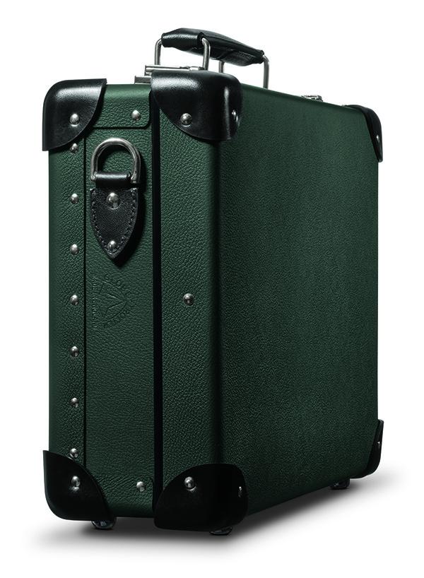 Leica представила новую «камеру Бонда» – её можно будет купить в ГУМе по цене 616 250 рублей