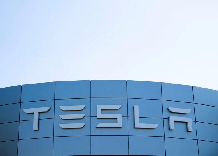 Маск призвал работников Tesla «перейти на супер-хардкорный режим работы», чтобы хорошо завершить квартал