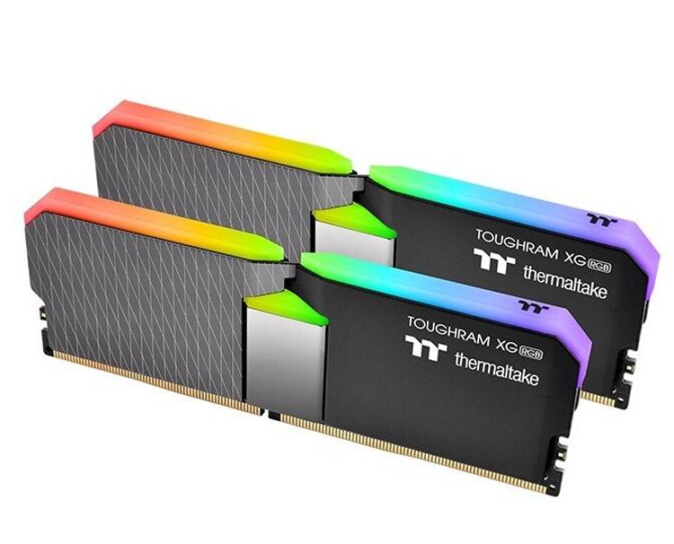 Thermaltake выпустила комплект памяти ToughRAM XG RGB DDR4 на 64 Гбайт