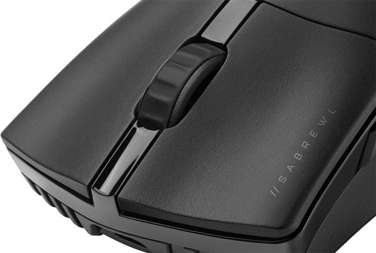 Игровая мышь Corsair Sabre RGB Pro Wireless получила датчик на 26 000 DPI
