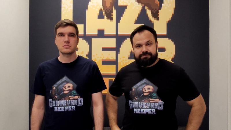 Lazy Bear Games. Известна по Punch Club и Graveyard Keeper. С нами общались основатели студии Святослав Черкасов (слева) и Никита Кулага (справа)