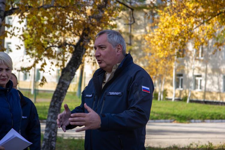 """Дмитрий Рогозин заявил, что не верит в возможность сотрудничества «Роскосмоса»и SpaceX"""""""