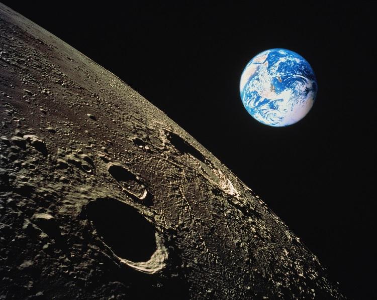 «Роскосмос» объявил тендер на исследования, связанные с подготовкой пилотируемых полётов к Луне— под это выделено1,7 млрд рублей