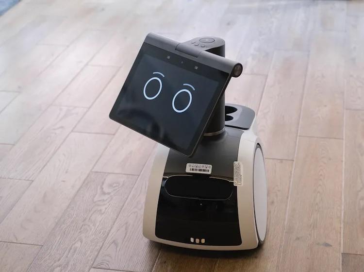 Разработчики назвали домашнего робота Astro ужасным по качеству и поведению— Amazon всё отрицает