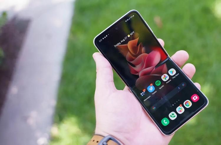 Samsung удалила рекламу из предустановленных на смартфонах приложений Pay, Health и Weather