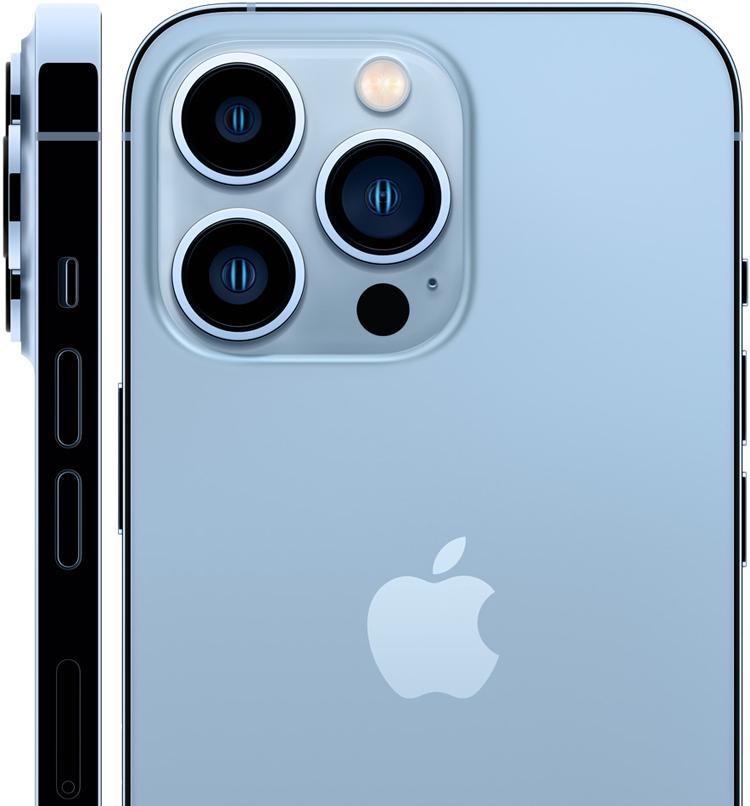 Продажи новых iPhone в России бьют рекорды
