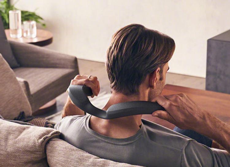 Sony представила носимую аудиосистему SRS-NS7, которая способна заменить домашний кинотеатр