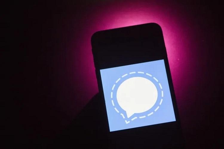 """Миллионы пользователей перешли на Signal и Telegram после отключения Facebook"""""""