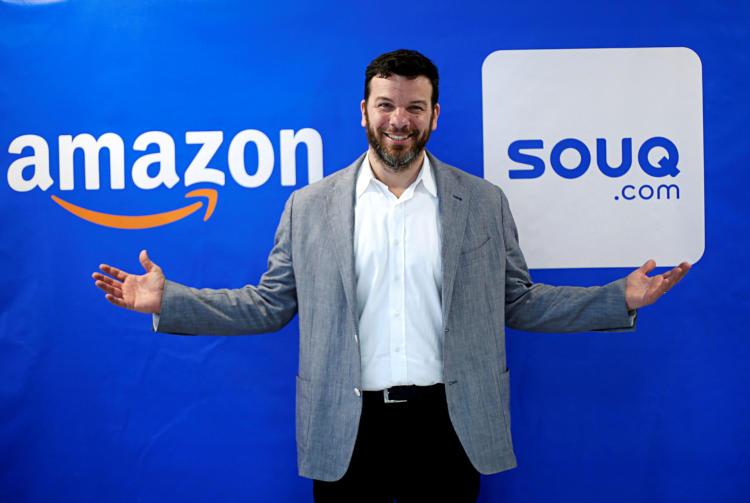 Рассел Грандинетти в ходе визита в Дубай в 2017 году, сейчас он руководит международным потребительским бизнесом Amazon