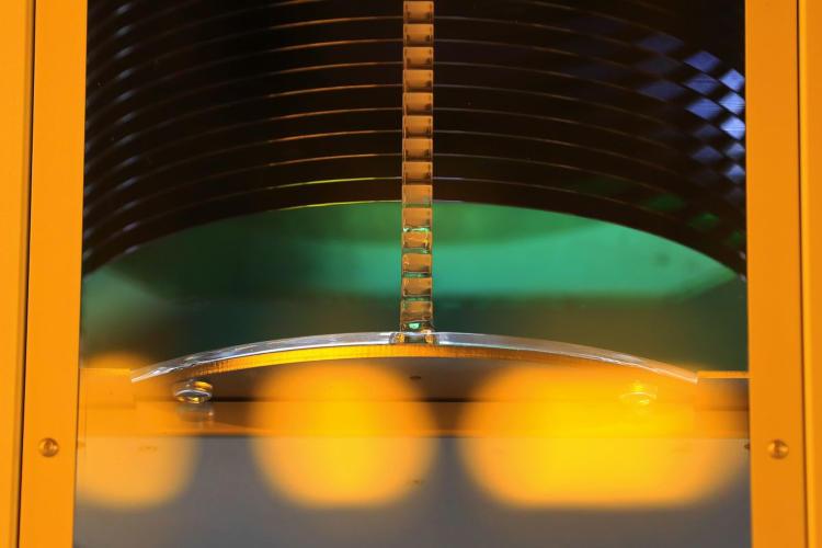 Bosch China: дефицит чипов для автомобилей может сохраниться до конца 2022 года