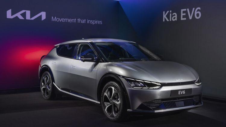 Kia начнёт продажи электрического кроссовера EV6 в России в следующем году