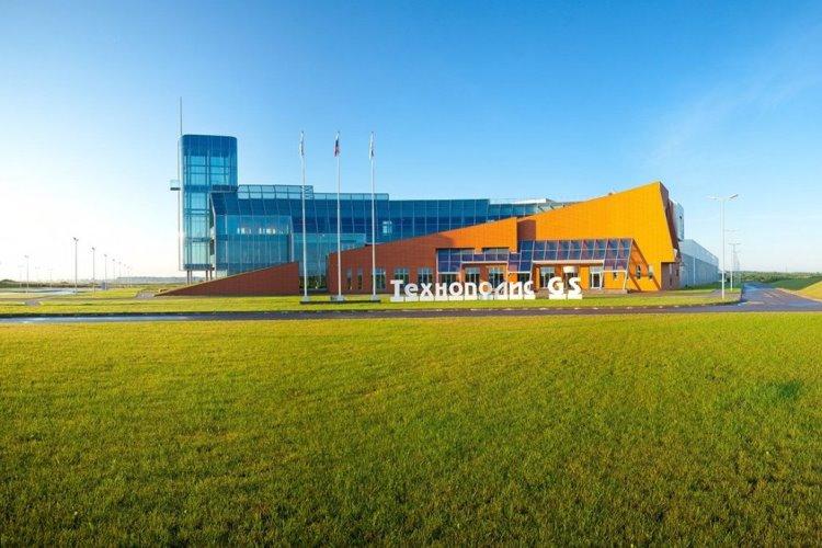 GS Group в ноябре начнет выпуск планшетов и смартфонов в Калининградской области