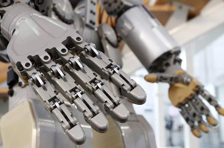 Антропоморфный робот Теледроид отправится в космос в 2024 году