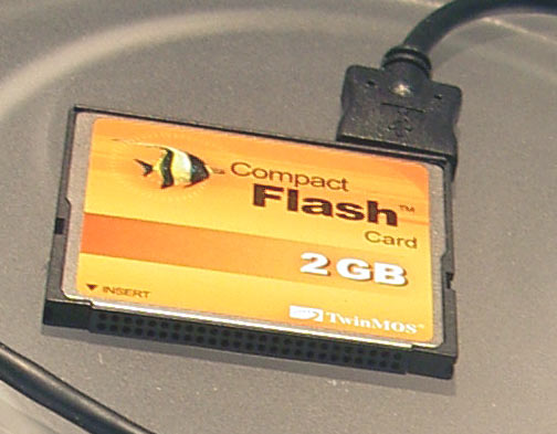 CompactFlash 2Gb+USB1.1