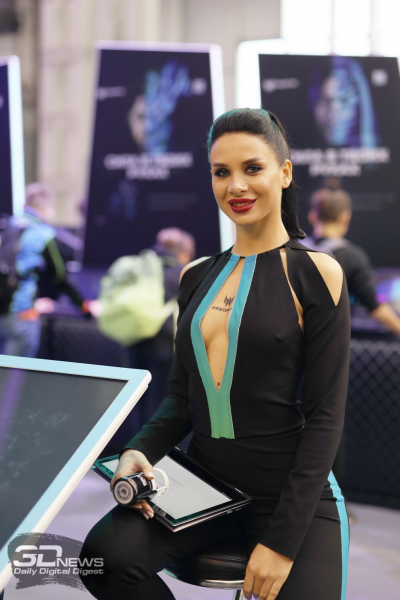 """Самые красивые девушки «ИгроМира-2018»"""""""