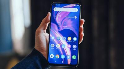 "Забудьте о Galaxy Fold: TCL показала 10"" концепт планшета-гармошки"""